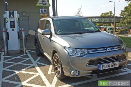 Mitsubishi Outlander fast charging at Rothersthorpe Services (Image: T. Larkum)