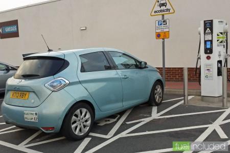 Fast charging at Toddington Services (Image: T. Larkum)