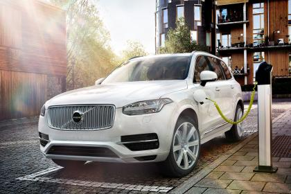 New 2015 Volvo XC90 revealed in Paris