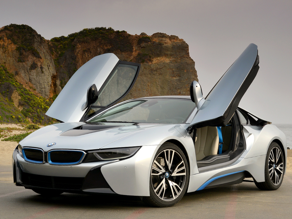 Even a BMW i8 Supercar becomes attainable on a lease (Image: BMW)