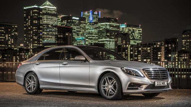 Mercedes-Benz TV: With the S 500 PLUG-IN HYBRID through Copenhagen