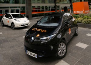Renault ZOE and Nissan Leaf in Orange livery (Image: Renault-Nissan Alliance Blog)