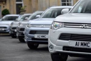 Mitsubishi Outlander Plug-in Scoops BusinessCar Green Award