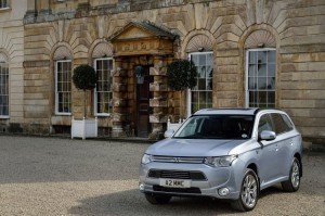 "Diesel Car Selects Mitsubishi Outlander PHEV As 2014 ""Best Alternative Fuel Vehicle"""