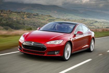 Tesla Model S (Image: AutoExpress)