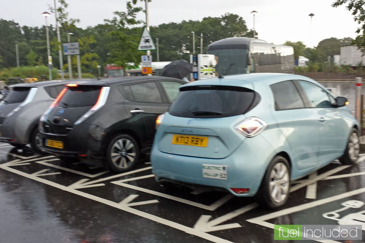 An EV Queue at Cobham (Image: T. Larkum)