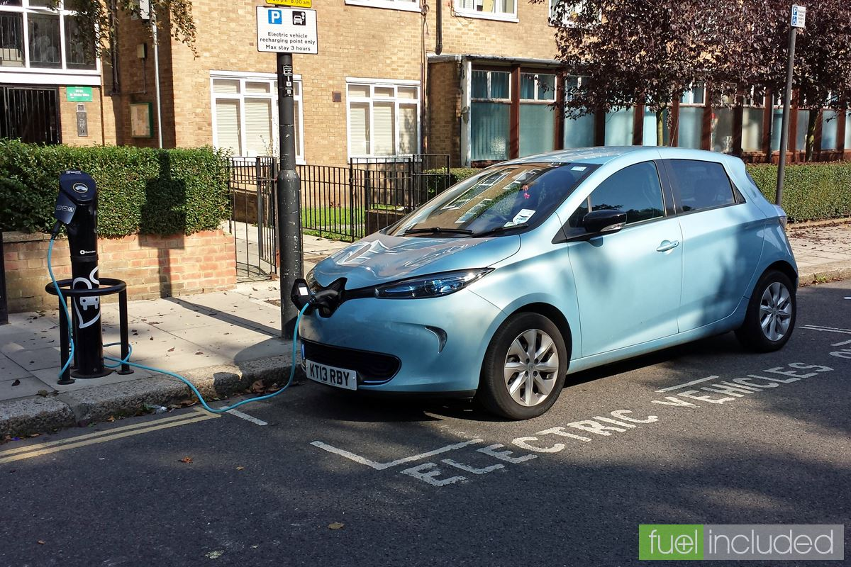 Slow Charging the ZOE at Highgate (Image: T. Larkum)