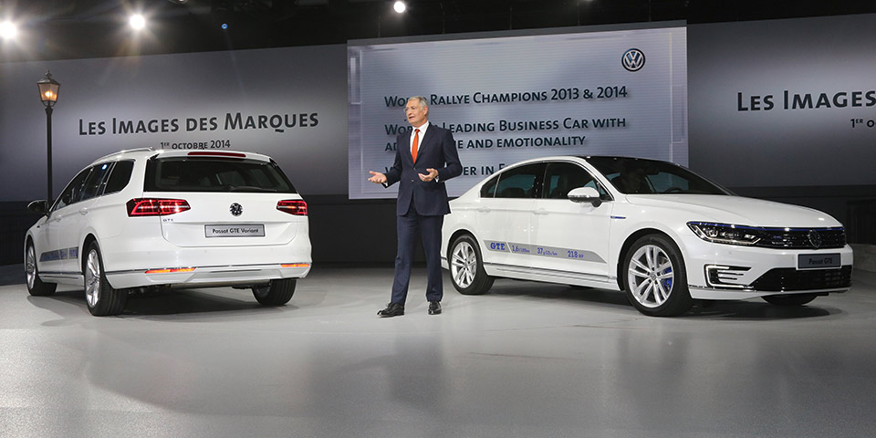 The Volkswagen Passat GTE debuts at the Paris Motor Show (Image: VW)