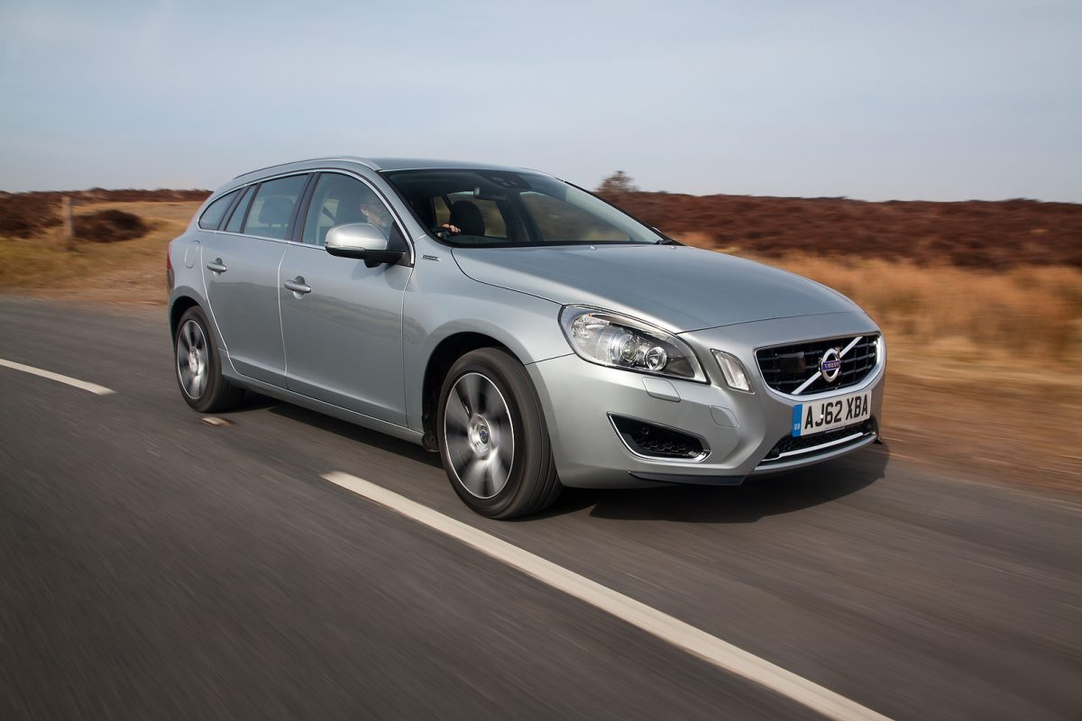 The V60 Plug-In Hybrid features a 2.4-litre diesel engine and an electric motor (Image: Autocar)