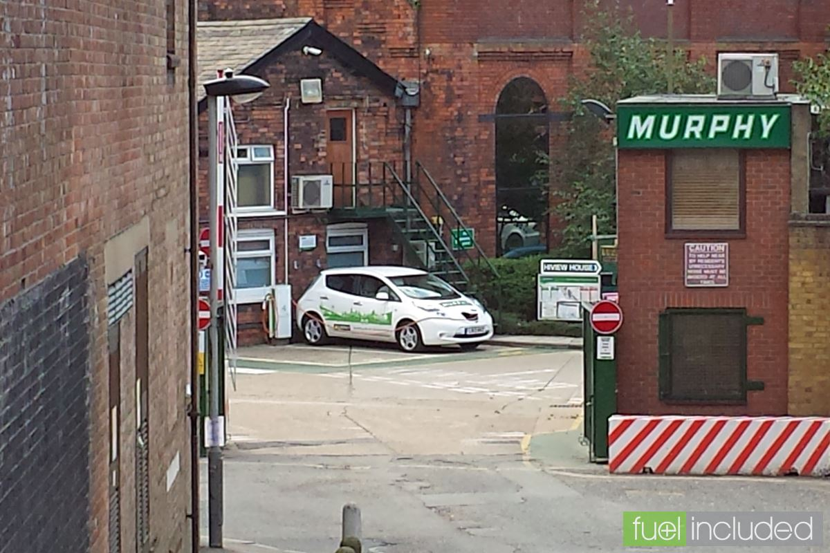 Nissan Leaf on charge in Highgate (Image: T. Larkum)