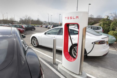 Tesla Opens 20th Supercharger Station in the UK