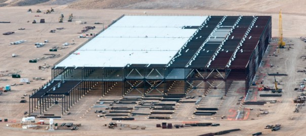 Construction on the Tesla Motors Gigafactory east of Reno, Nev., March 25, 2015 (Image: D Calvert/Washington Post)