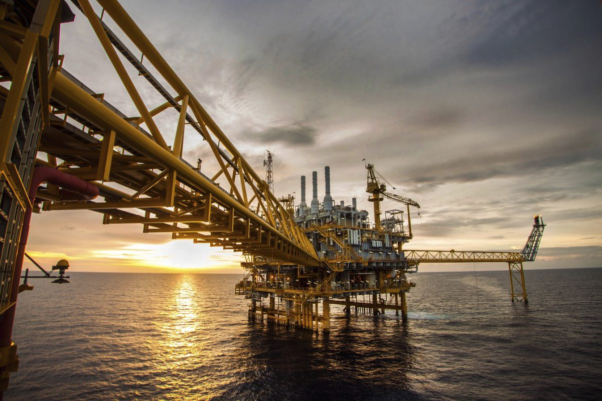 Oil's place in the global energy mix is transforming, including in mobility, which uses three-fifths of world oil (Image: Thinkstock/curraheeshutter)