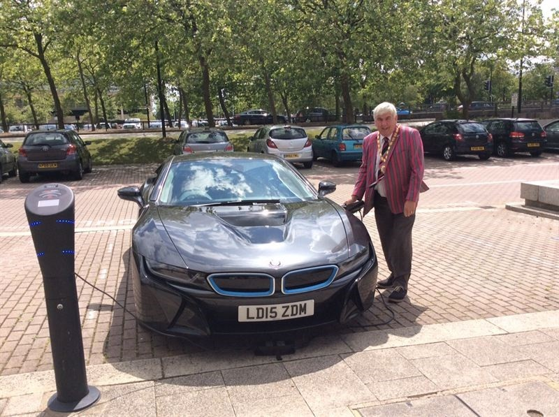 Low cost electric vehicle charging brought to over 200 charging points in Milton Keynes