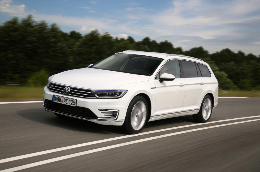 Volkswagen Passat GTE (Image: Autocar)