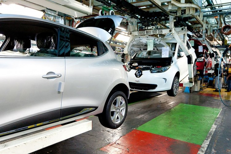Renault ZOE Rolling Down Assembly Line