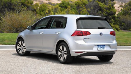 The 2016 VW e-Golf is a spirited runabout that makes almost no compromises in terms of performance, comfort or cargo space (Image: Volkswagen of America Inc.)