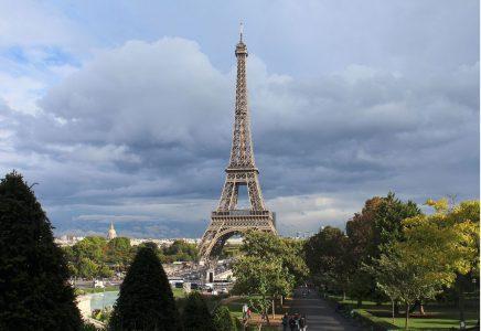 Eiffel Tower in Paris, France (Image: Rijin/Wikimedia)