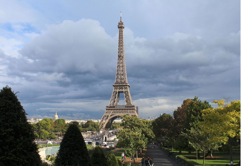 Eiffel Tower in Paris, France (Image: Rijin/Wikimedia)