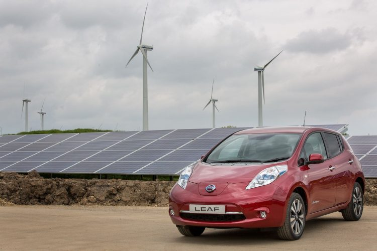 Nissan switches on solar farm to power UK car production (including LEAF)