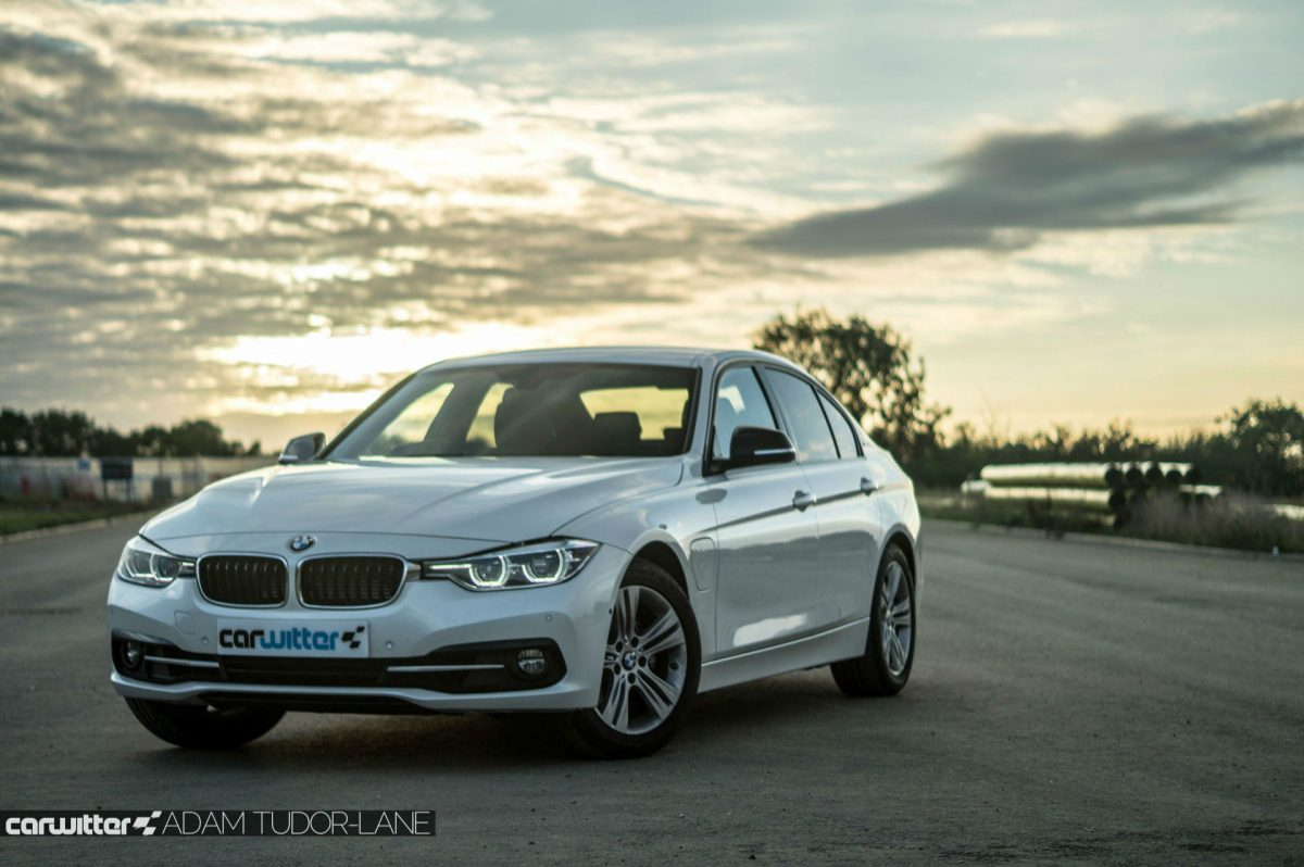 BMW 330e (Image: CarWitter)