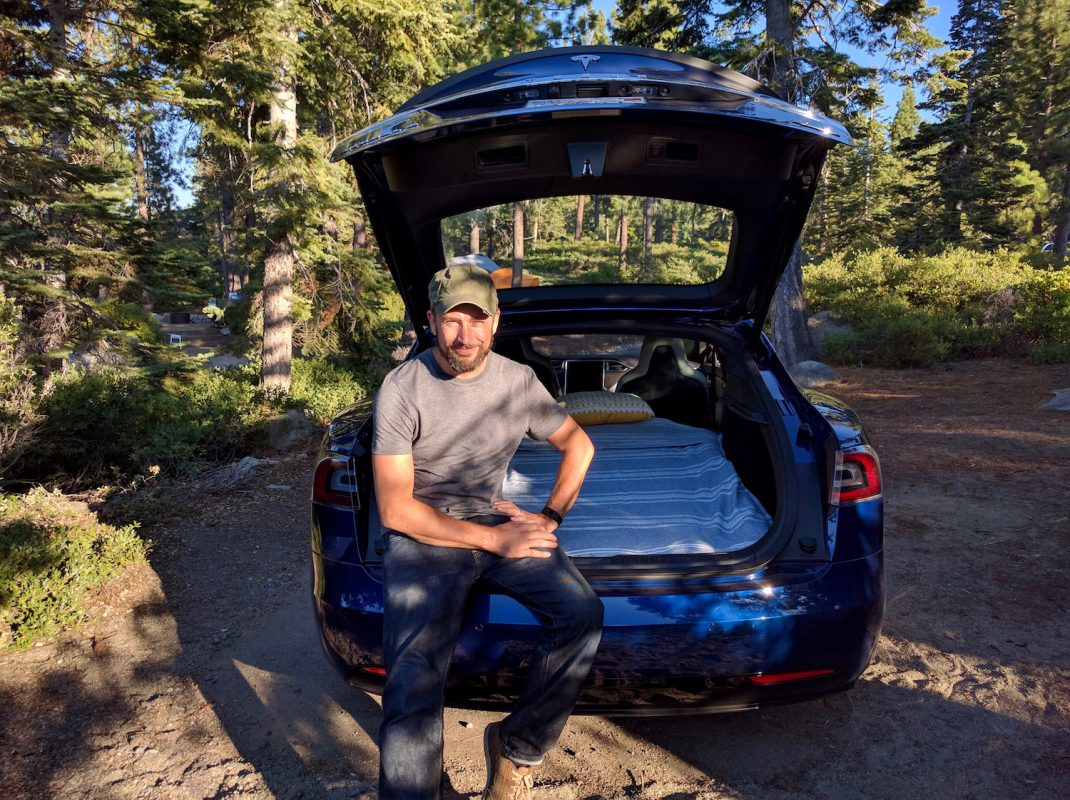 Camping in a Tesla Model S (Image: T. Randall)