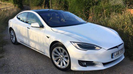 Tesla Model S 60D (Image: Top Gear)