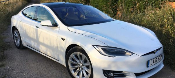 Tesla Model S 60D (Image: Top Gear)