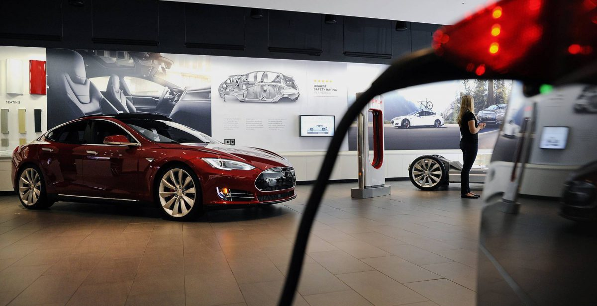 A Tesla showroom in San Jose, California (Image: Bloomberg)