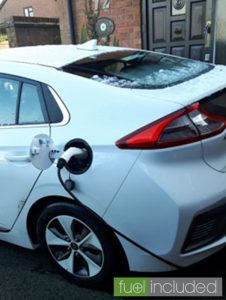 Charging a Hyundai IONIQ Electric on the drive (Image: T. Heale)