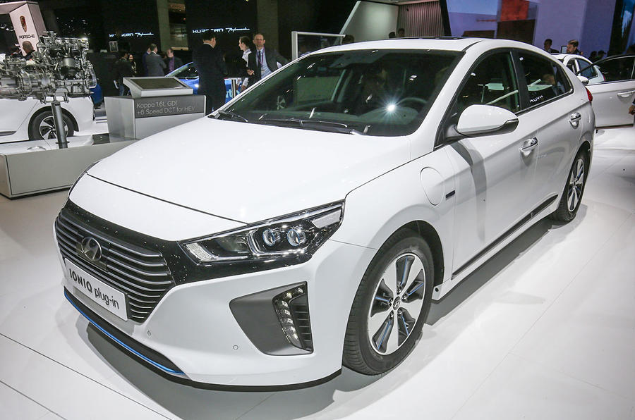 new hyundai ioniq plug in joins hybrid and electric models at geneva a new angle on energy. Black Bedroom Furniture Sets. Home Design Ideas
