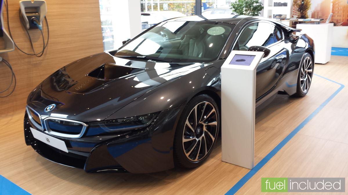 BMW i8 in Sophisto Grey (Image: T. Larkum)