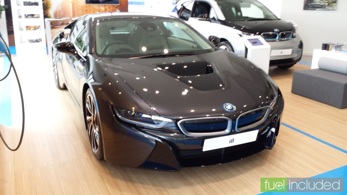 BMW i8 in Sophisto Grey (Image: T. Larkum)