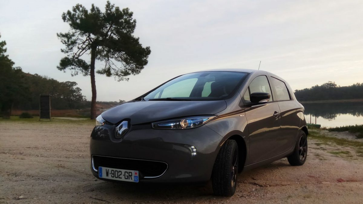 2017 renault zoe review a cure for range anxiety a new angle on energy. Black Bedroom Furniture Sets. Home Design Ideas