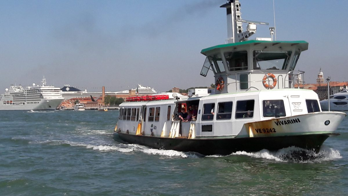 The fumes from the tourist boat merge with the fumes from a berthed cruise ship in Venice (Image: T. Larkum)