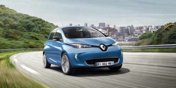 Renault Zoe becomes first EV pool car for Slough Council
