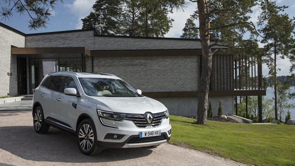 renault plug in hybrid and electric versions of koleos suv could happen a new angle on energy. Black Bedroom Furniture Sets. Home Design Ideas
