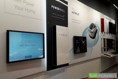 Tesla Powerwall display (Image: T. Larkum)
