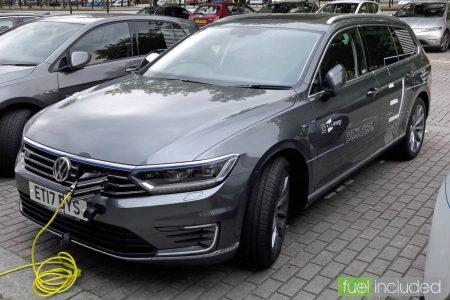 Volkswagen Passat GTE (Image: T. Larkum)