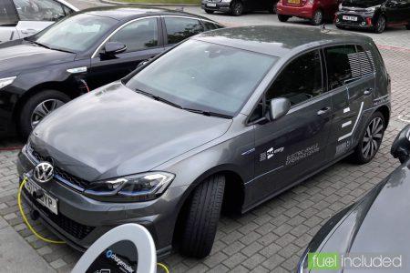 Volkswagen Golf GTE (Image: T. Larkum)