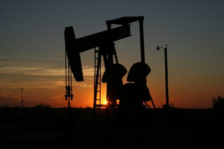 The sun sets on drilling (Image: Pexels)